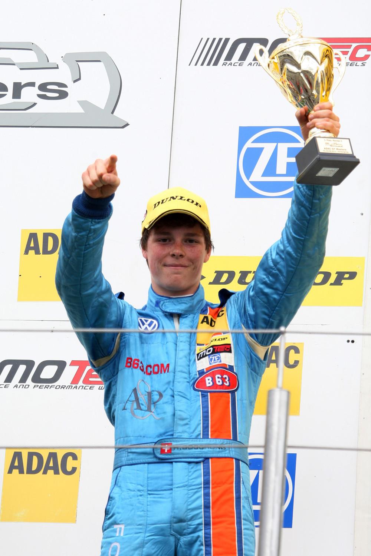 B63 Energy Drink: ADAC Formel Masters - Ralph Boschung sponsored by B63